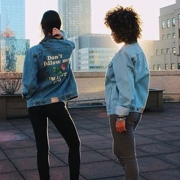 Retro Washing Frayed Embroidery Letter Patch Jean Bomber Jacket Light Blue Ripped Denim Coat