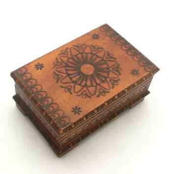 Vintage wooden jewelry box ,Treasury box 70s, Handmade box, Wood Jewelry Box, Folk Style, Trinket box, Folk Art, Unique Ornament