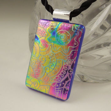 Dichroic Fused Glass Pendant - Fused Glass - Dichroic Glass Rainbow Pendant - Etched Glass - Zen - Zentangle - Dichroic Jewelry X3947