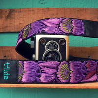Leather camera strap with traditional Guatemalan embroidery - Flor Gordo (Big Flower) in violet, purple, green - FGC2