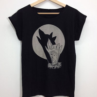 Womans T-shirt, wolf tattoo hand shadow puppet wolf print. Screenprinting on black cotton. Vintage tattoo illustration, tunic shirt for HER