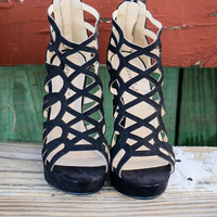 Model Size 6.5 Race To The Finish Black Strappy Caged Wedges
