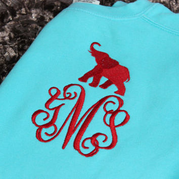 Alabama Fans! Christmas Gift! Bridesmaid Gift!    Comfort Colors Sweatshirt with Elephant