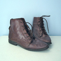 Vintage 1980s Boots / Brown Distressed Ankle Granny by SnapVintage