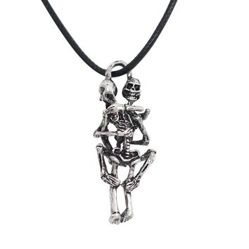 2017 High Quality Unisex Silver Plated Necklace Infinity Love Couple Skulls Hug Chain Pendant Necklaces