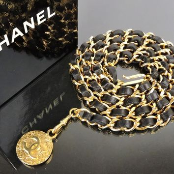 "AUTH VINTAGE 1982 CHANEL GOLDTONE CC MEDALLION CHAIN x LEATHER 35"" FASHION BELT"