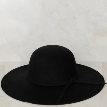 Wide Brim Felt Hat Black