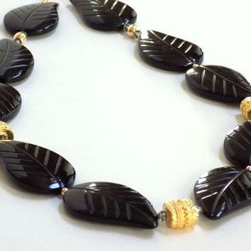 Onyx Necklace, Black Necklace, Gemstone Necklace, Handmade Necklace, Leaf Necklace, Handcrafted Jewelry, Unique Necklace, Artisan Made