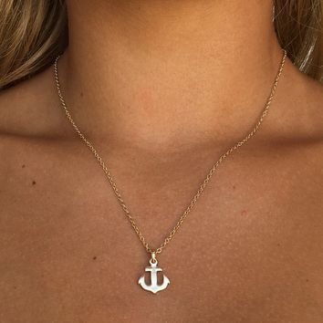 Set Sail Anchor Pendant Necklace In Gold
