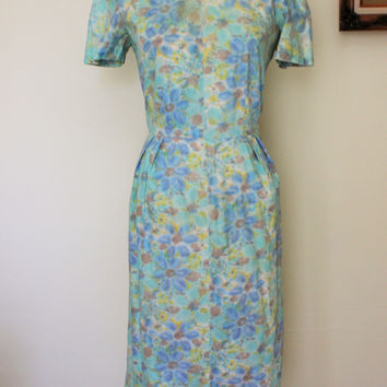Vintage 1930s Watercolor Floral Print Day Dress
