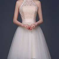 Fashion 2016 Homecoming Dress Champagne Lace Crochet Stiching Gauze Halter Mini Bridesmaid Dress