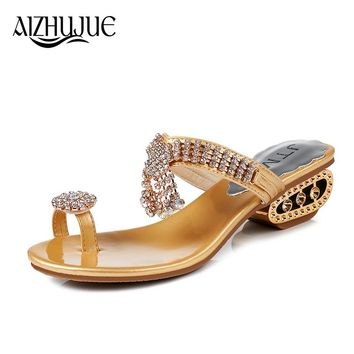 Fashion Women Sandals 2018 Summer Bling Brand Slipper Flat Casual Shoes Slip On Slides Beach Flip Flops Sandals Crystal Diamond
