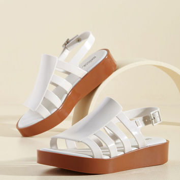 Flatform an Opinion Sandal