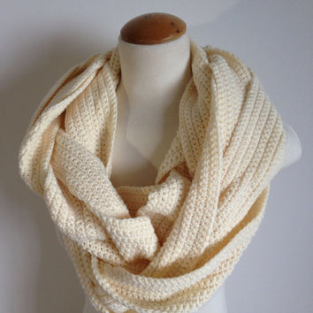 OOAK Women's Autumn Fashion Handmade Crochet Cream/Off White Braided Statement Infinity Scarf