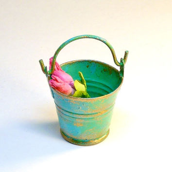 Garden Miniatures Distressed Copper Pail with Pink Flowers Fairy Garden Dollhouse Weathered Decot