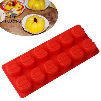 1 Sheet 12 Hole Pumpkin Shape Food Grade Silicone Chocolate Mold for Donuts Cupcake Mould Cake Decoration Baking Gadget
