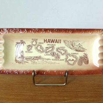 Large souvenir Hawaii ashtray, perfectly kitchy