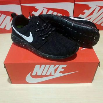 Nike Roshe Run Unisex Sport Casual Classic Galaxy Running Shoes Couple Sneakers - Ready Stock
