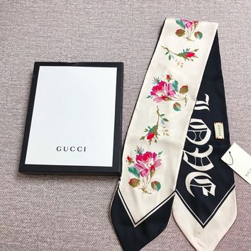 "Gucci White Gothic ""blind For Love"" Print Silk Neck Bow"