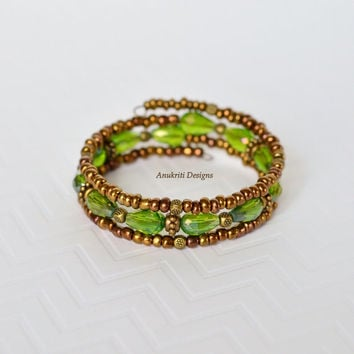 Green bracelet, Memory wire bracelet, Bronze bracelet, Crystal bracelet, Seed bead bracelet, Seed bead jewelry,Crystal jewelry,Gifts for her