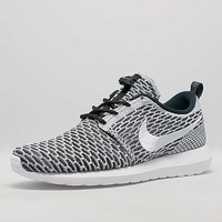 nike roshe run flyknit Search | Size?