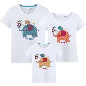 Family Holiday Matching Clothes Mother Daughter Father Son Family Reunion Elephant Printing Tshirt Outfits Cotton Tee T-shirt