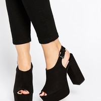 Faith Lincon Black Platform Sandals