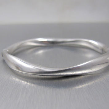 Vintage Sterling Bangle Bracelet Modernist Freeform Hinged Wave Like Design Italian Sterling