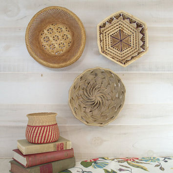 Small Woven Boho Baskets, Small Wicker Basket, Palm Frond Basket, Colorful Woven Baskets