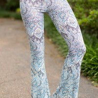 Anamá Going Far Blue Print Flare Pants