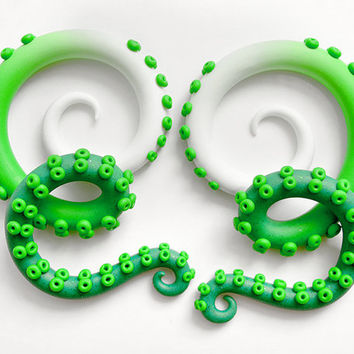 St. Patrick's Day Plugs, Fake Plug & Ear Plug 6g 4g 2g - 3/4, Tentacle Earrings, St. Patrick's Day Earrings, Outfit, Fake Gauges, Ear Gauges