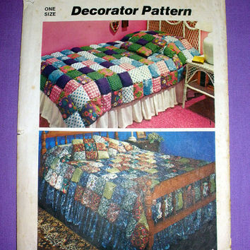 Puff Quilt Pattern, Vintage 1970's Simplicity 5950 Sewing Pattern Twin or Full Size Quilt, Puff Pillow