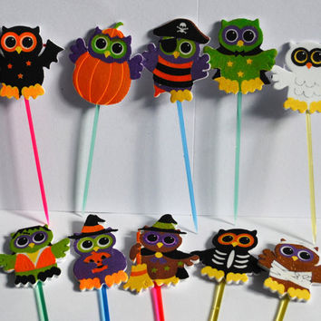 10 spooky owls halloween cupcake toppers  / food picks  desert picks  prefect for halloween  padded foam