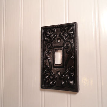 Switch Plate Cover, Single Switchplate, Black Light Switch Plate Cover, Cast Iron Fleur De Lis Switch Cover, French Country Wall Decor