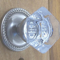 Our Old Town knob sets are perfect reproductions of early American designs, hand polished Crystal Glass
