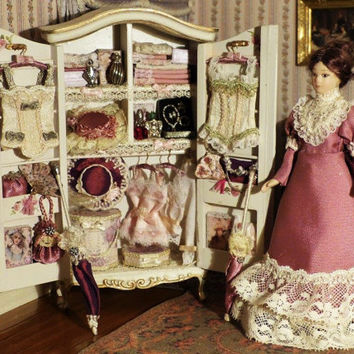 Cabinet stocked and Marie Jeanne Poupée porcelain - scale 1/12 time Victorian - Dollhouse Miniature, wardrobe, wardrobe