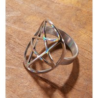 Killstar Pentagram Ring | Dolls Kill
