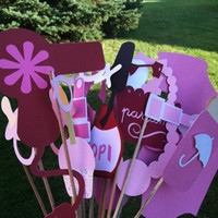 Photo booth props: glam baby shower