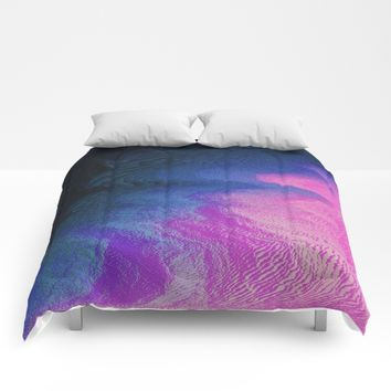 Curvy Comforters by DuckyB