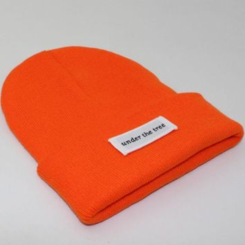 PEAPJ1A Under the tree patch lettering knit hat Orange