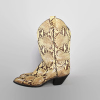 80s Genuine PYTHON Snake Skin BOOTS / 1980s Larry Mahan Custom Cowboy Boots, 8