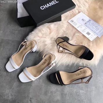 """""""CHANEL"""" new high-heeled sandals"""