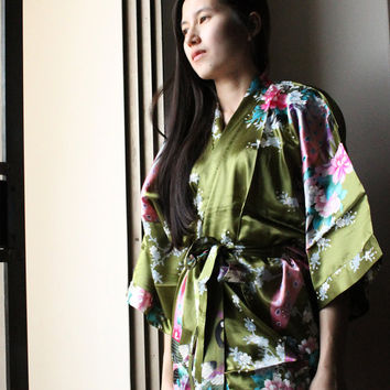 bridesmaids kimono robes Kimono Robe robes for bridal party Personalized Robes Bathroom robes Bridesmaid  Monogrammed wedding satin
