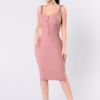 Staying Overnight Dress - Mauve