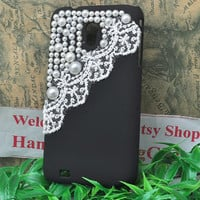 black case for Samsung Galaxy s2 Epic Touch 4g sprint  D710 or T-mobile T989 hard protective  cover with white lace and pearls