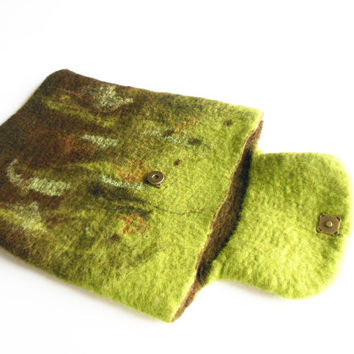 Hand felted tablet case, iPad cover case, brown green Tablet sleeve