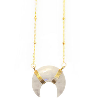 Elizabeth Stone | Gemstone Crescent Moonstone Necklace