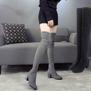 Autumn and winter long-sleeved sexy stovepipe knee boots women boots round gray high-heeled plus velvet boots Gray