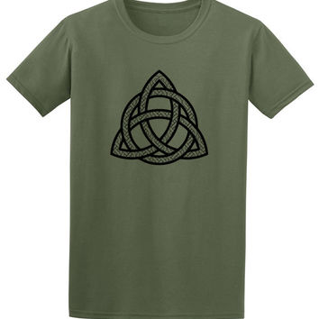 Celtic knot tshirt- music festival clothing, mens short sleeved, st patrick day tee, mans tshirt, triquestra, hipster clothing, husband gift