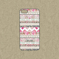 iphone 5c case,iphone 5c cases,iphone 5s case,cool iphone 5c case,iphone 5c over,iphone 5 case--vintage Aztec,pink roses on sale,in plastic.